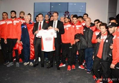 كيا موتورز الشريك الرئيسي للمنتخب الوطني لكرة القدم1