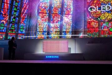 سامسونج تكشف الستار عن أجهزة تلفاز عصرية جديدة خلال حفل إطلاق عالمي لمنتجاتها في باريس