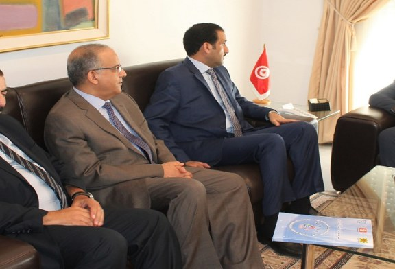 زياد العذاري يتحادث مع مدير عام منظمة العمل العربية