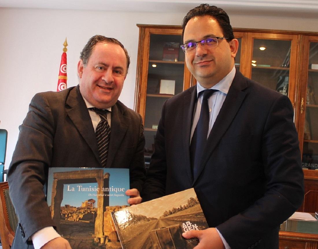 وزير التنمية والاستثمار والتعاون الدولي يستقبل سفير الأرجنتين بتونس