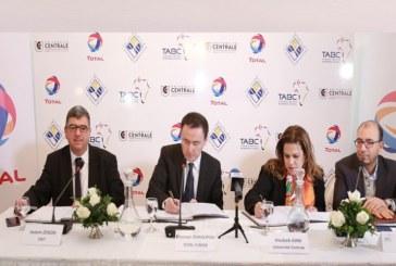 طوطال تونس توقعّ على اتفاقيتين جديدتين مع المدرسة الوطنية للمهندسين بتونس والجامعة المركزية